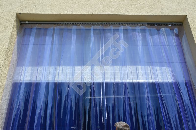 two retractable side curtains
